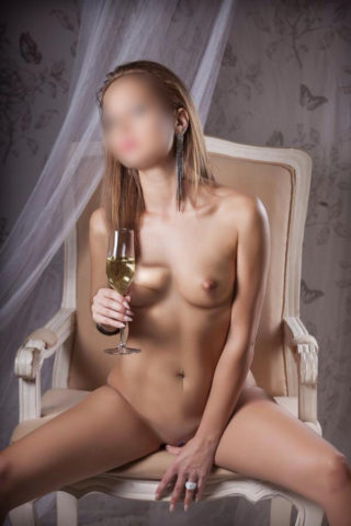 Veronica, 25 years old Portoghese escort in Marbella, Puerto Banus