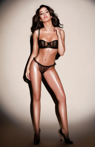 Leah, 24 years old  escort in Amsterdam